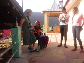 Elsa and two of our trekkers chatting with the matriarch of the compound.