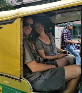 t and j tuktuk